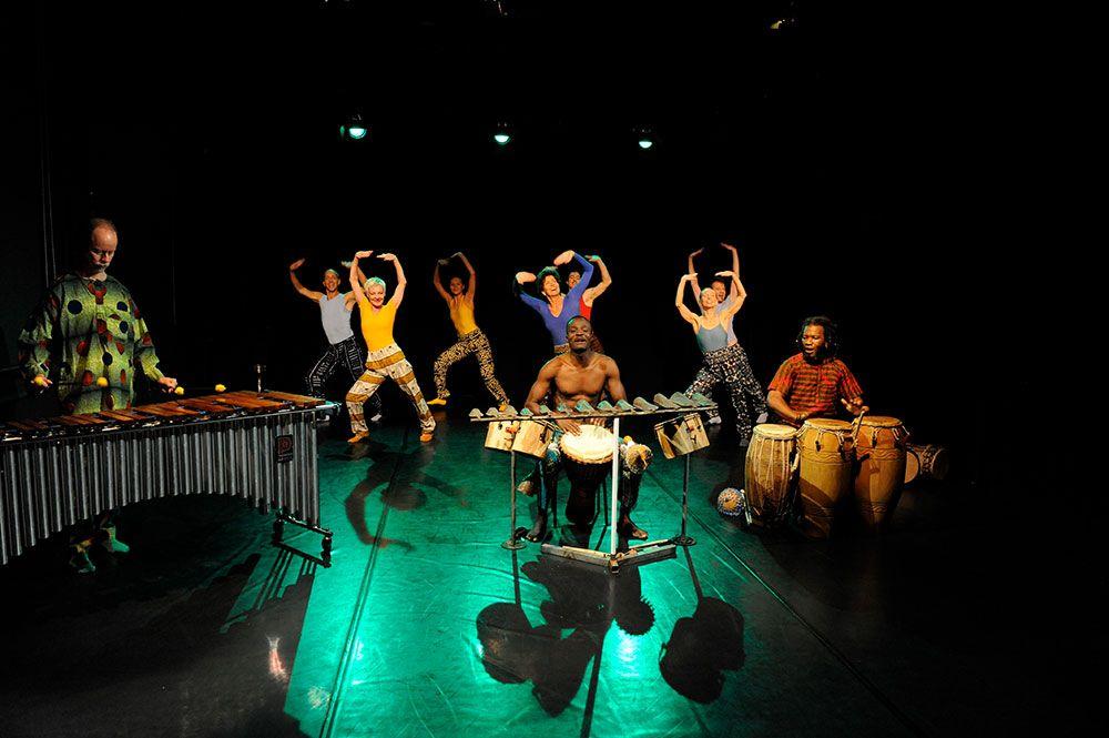 Baila-Afrika - Tanssiteatteri ERI