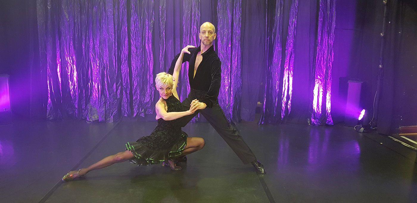 Tien päällä - Tanssiteatteri ERI